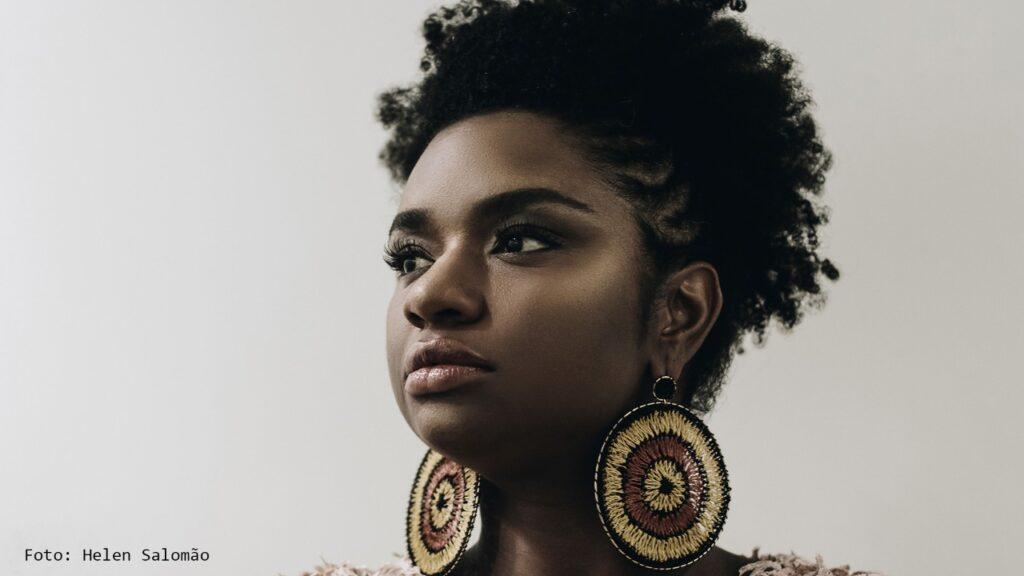 """Ellen Oléria: """"Se tirar o negro da cultura, a cultura brasileira acaba"""""""