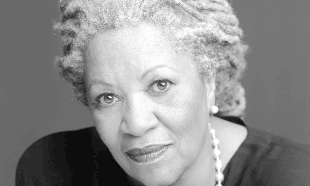 Textos de Toni Morrison são disponibilizados de graça para download baixe aqui