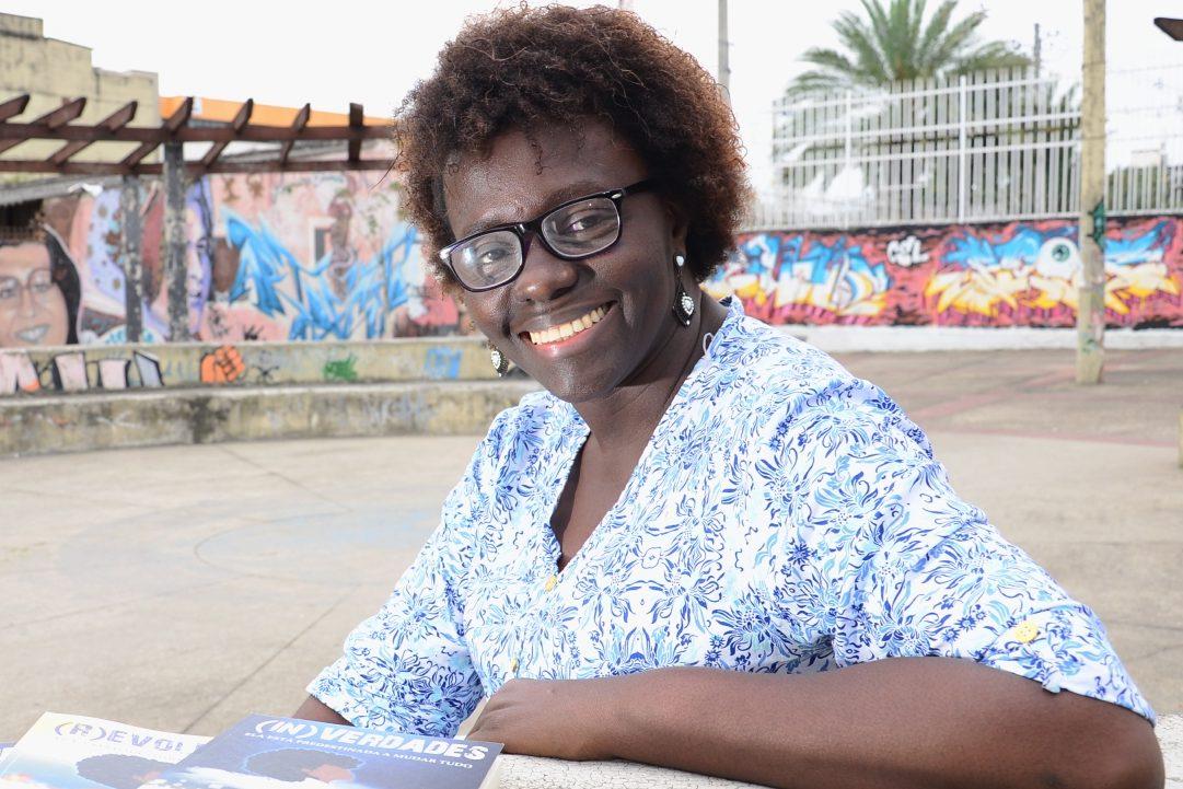 Escritora Brasileira Lu Ain-Zaila