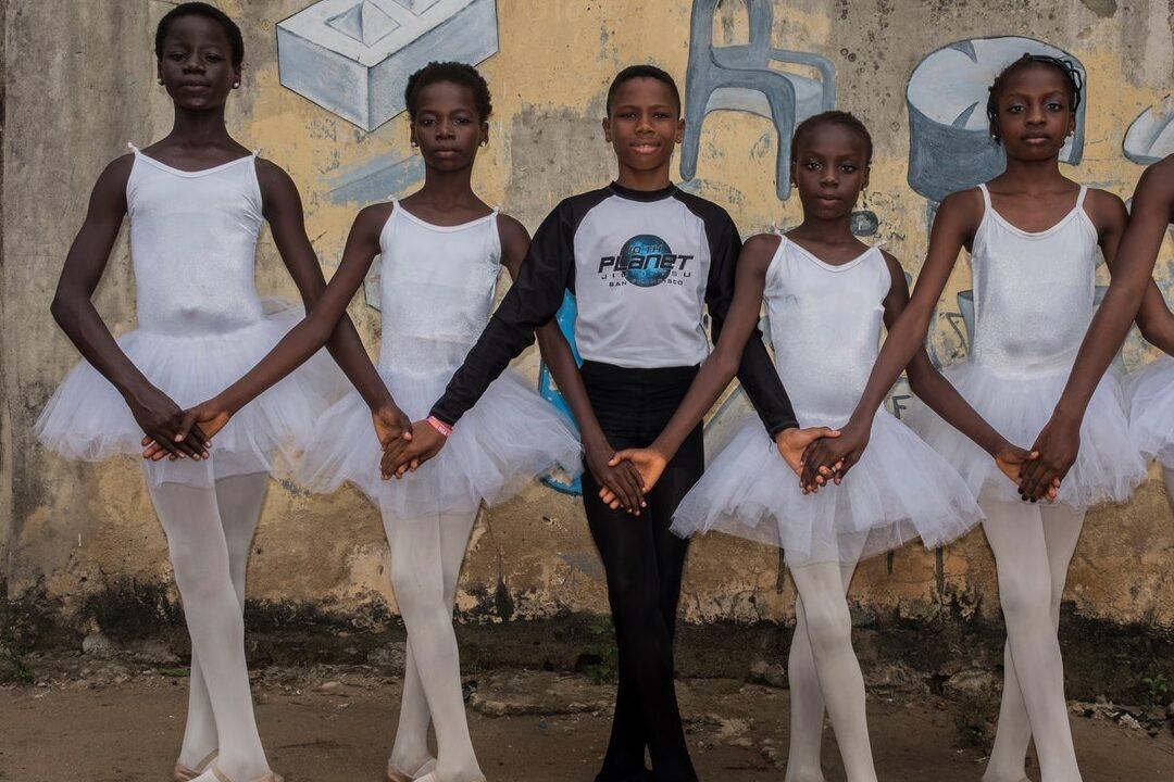 bailarinos da escola Leap of Dance Academy