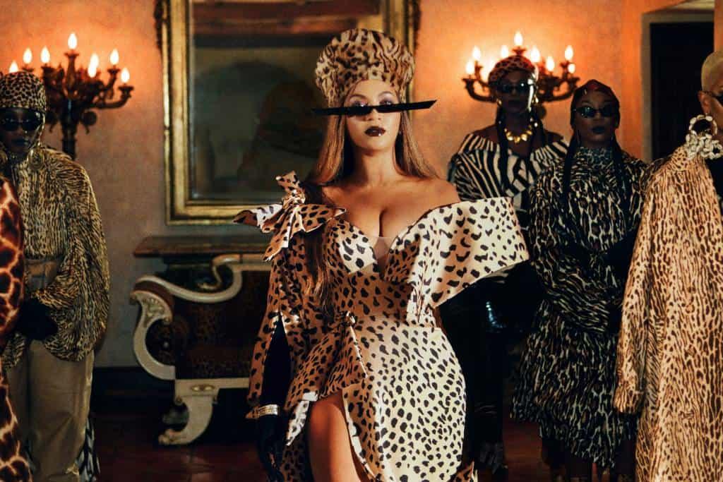 Black is King chega, enfim, ao Brasil na estreia da Disney+