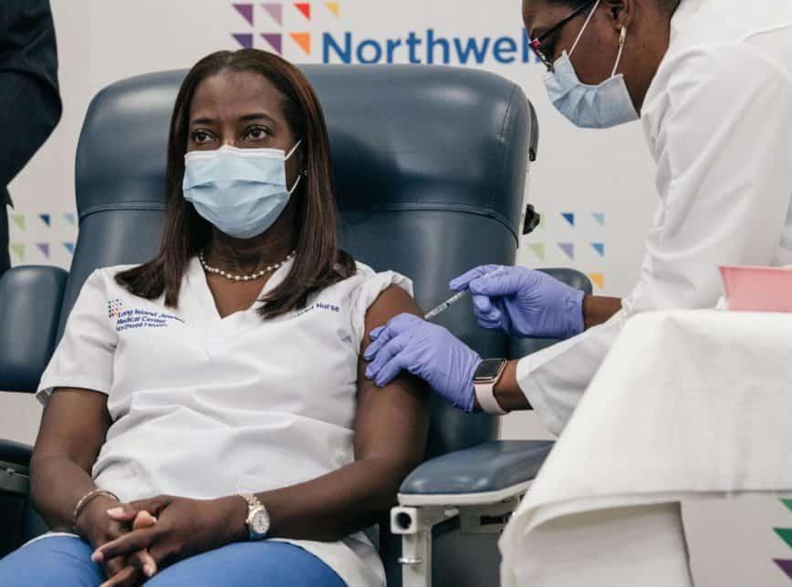 Ceará começa vacinação contra Covid em fevereiro; lote tem 1,7 milhão de doses