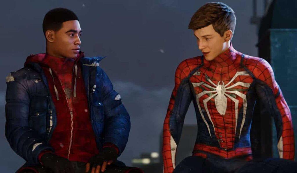 Miles e Peter Parker em Spider Man: Miles Morales