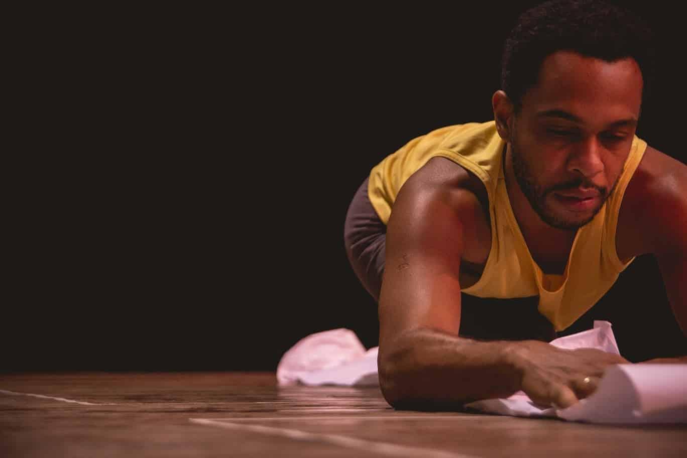 Livro 'Preto é Rei' convoca artistas baianos para publicação