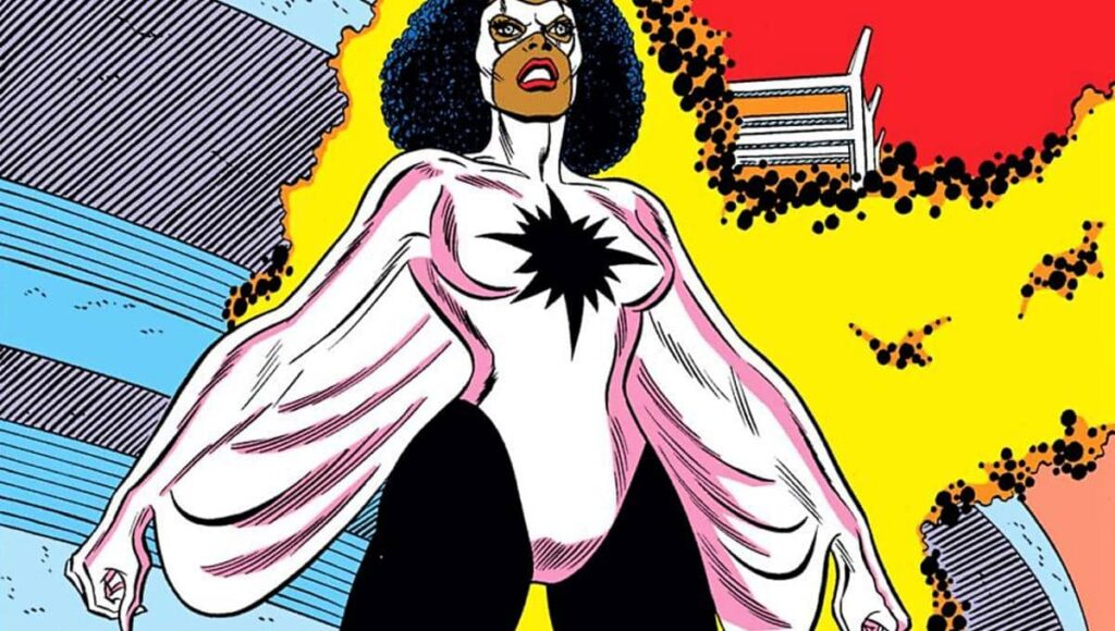 Monica Rambeau se transformando nos quadrinhos
