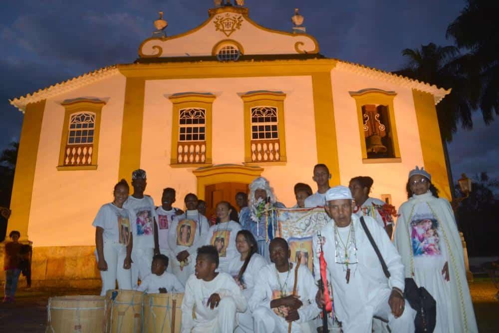 Petição tenta derrubar proibição de pároco a celebração de congado