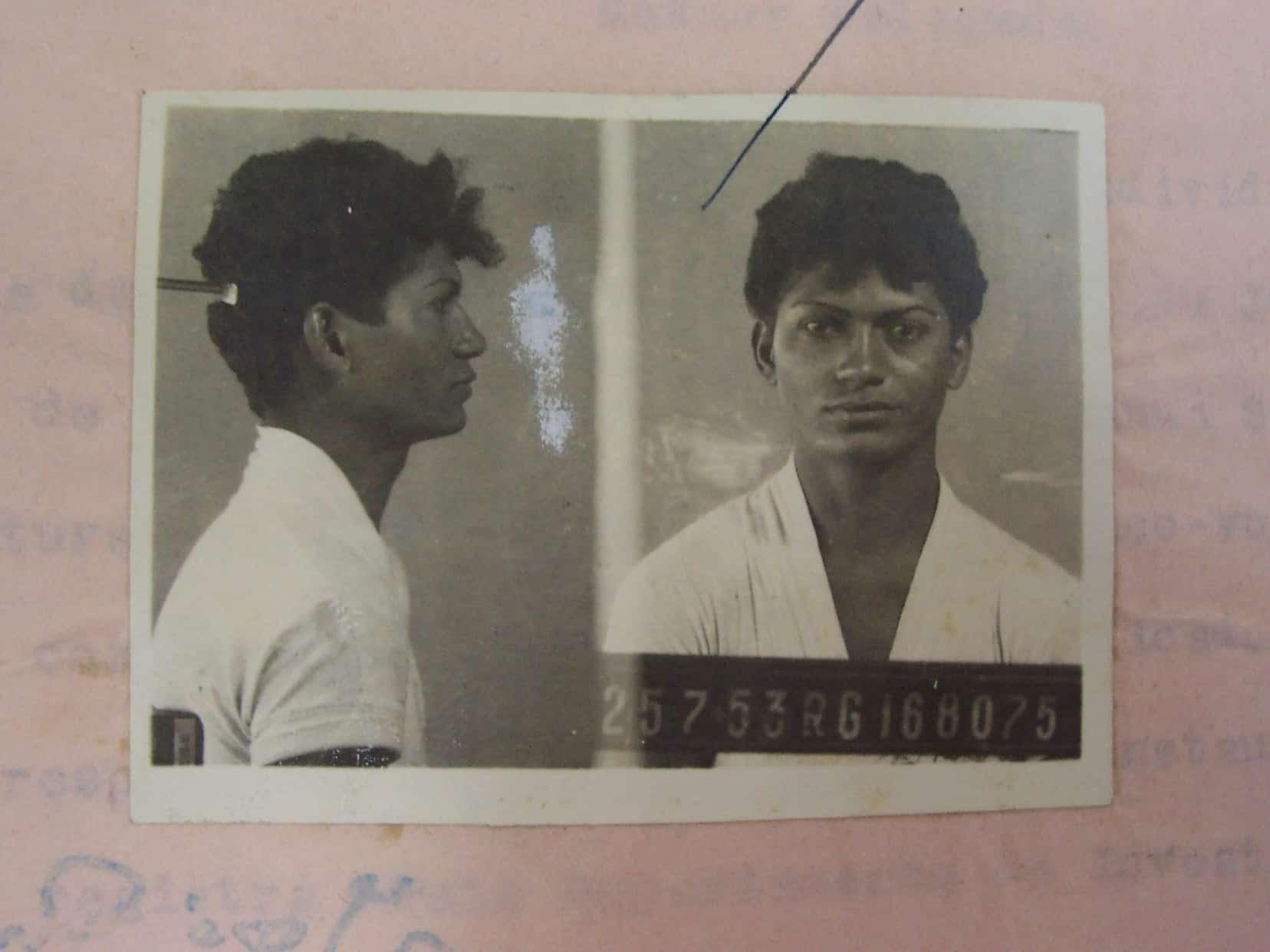 Travesti negra Cintura Fina é retratada em biografia
