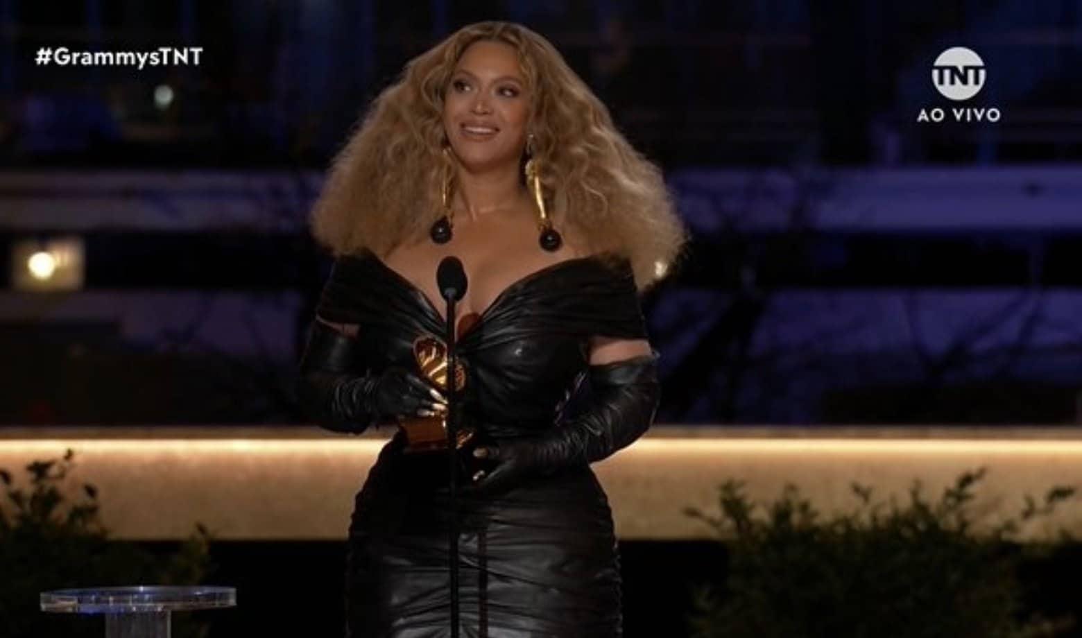 Black Parade faz de Beyoncé a mulher mais premiada da história do Grammy