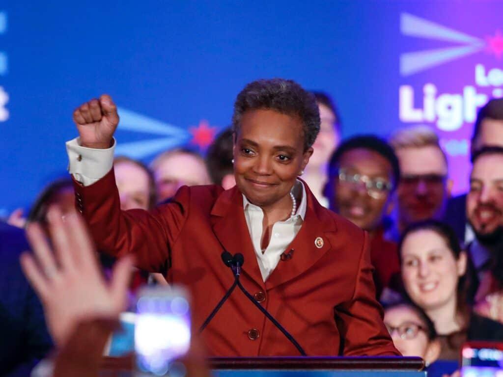 Prefeita de Chicago, Lori Lightfoot só dá entrevista a jornalistas negros